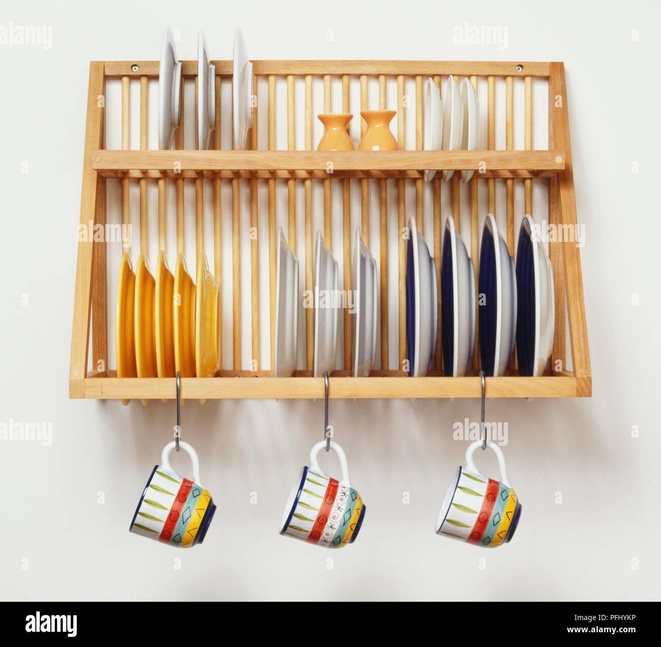 Atemberaubend Küchenwand Regale Mit Haken Ideen - Küchen Design ...