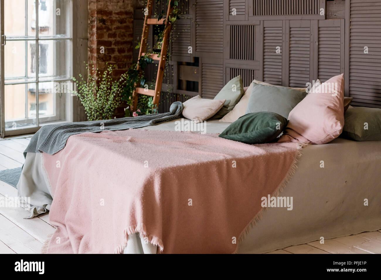 Kreative Nutzung von kleinen Raum in ein stilvolles Schlafzimmer ...