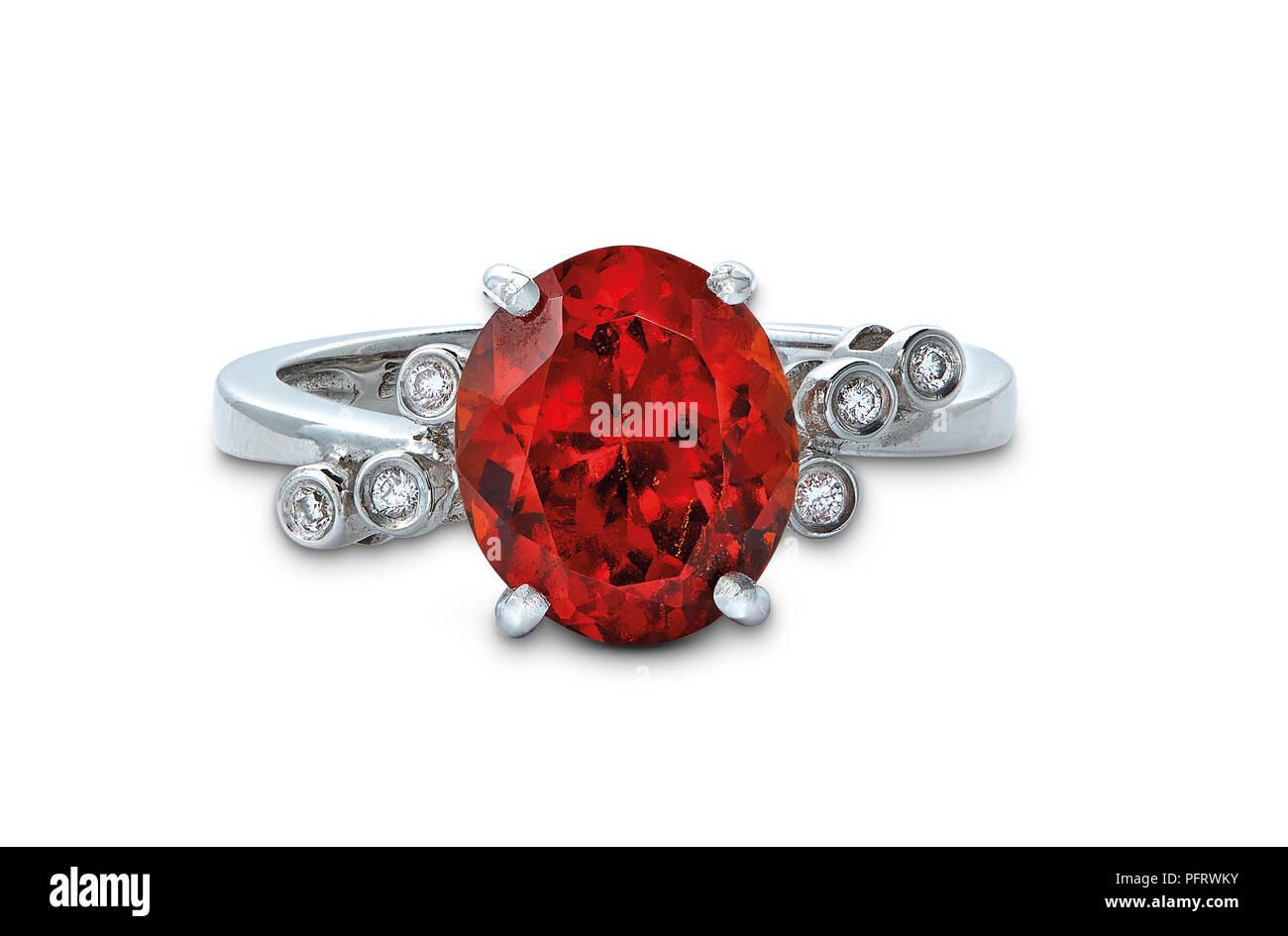 Edelstein Granat Hessonit Diamanten Ring Stockfoto Bild 216269311