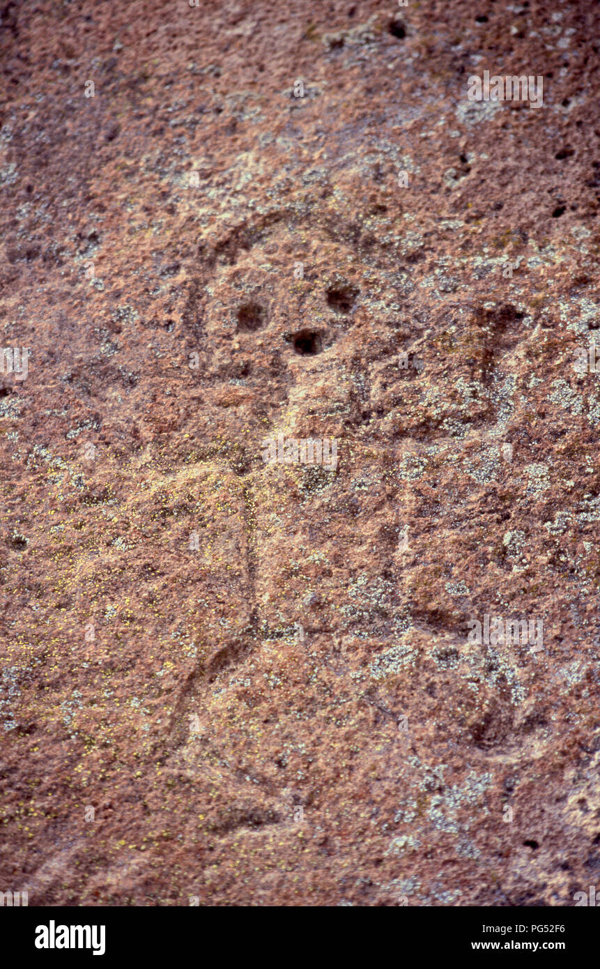 Prähistorische Petroglyph, Tsankawi Cliff dwelling Ruinen, New Mexiko. Foto Stockbild