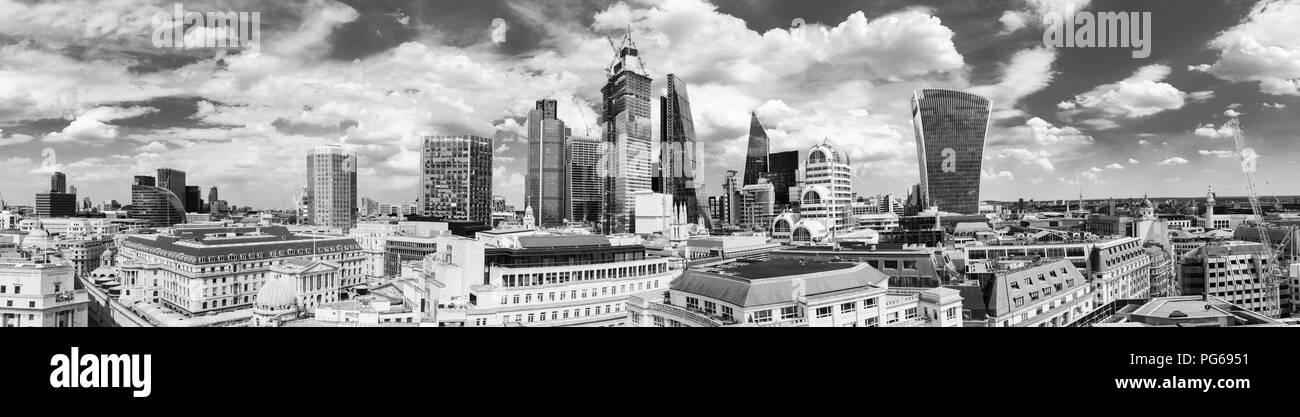 Stadt London Stock Exchange Tower, Tower 42, 22 und 100 Bishopsgate, Cheesegrater, Skalpell, Willis Gebäude, 20 Gracechurch Street, Walkie Talkie Stockbild