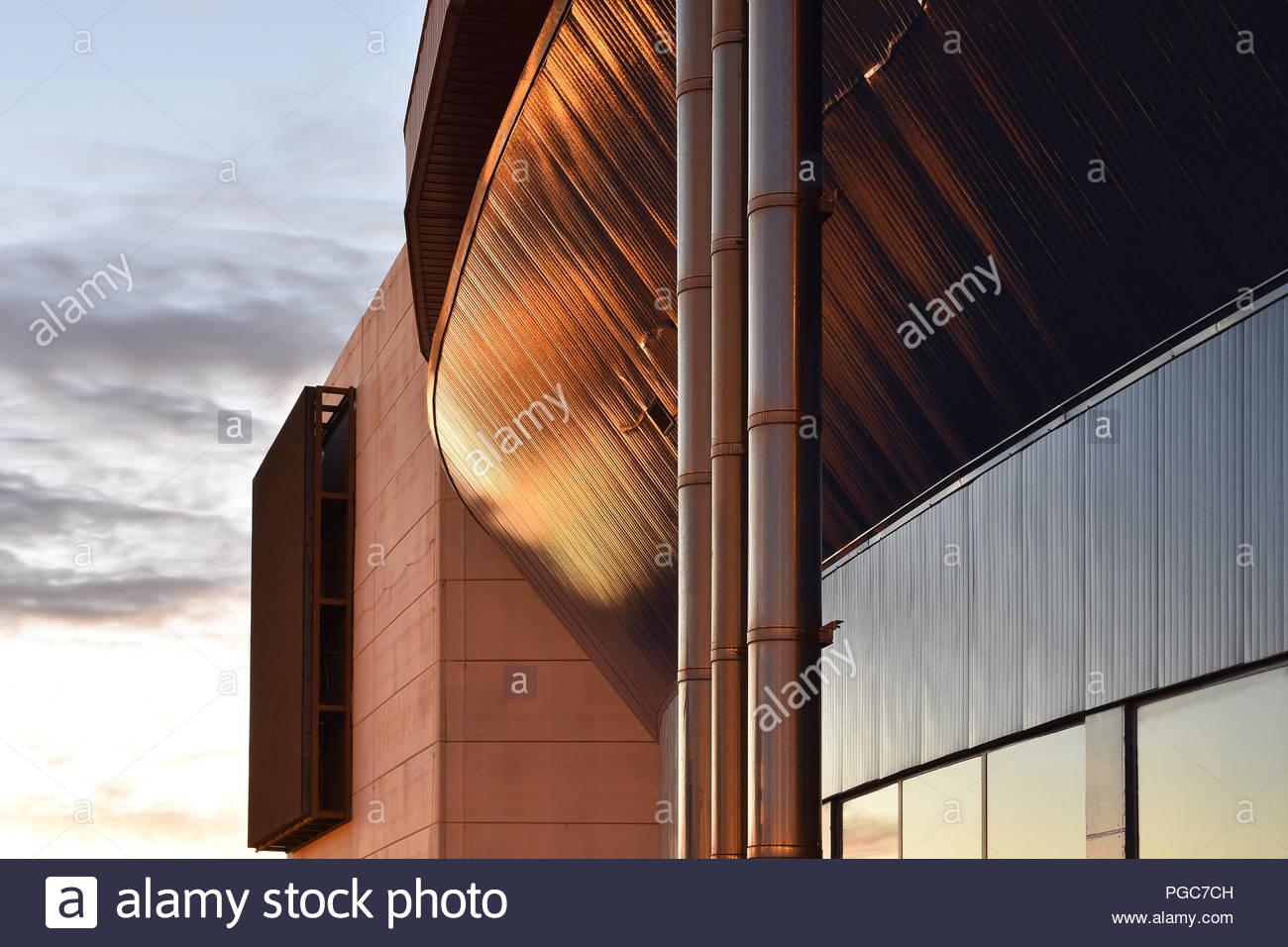 Metall Verkleidete Fassade Stockfotos Metall Verkleidete Fassade
