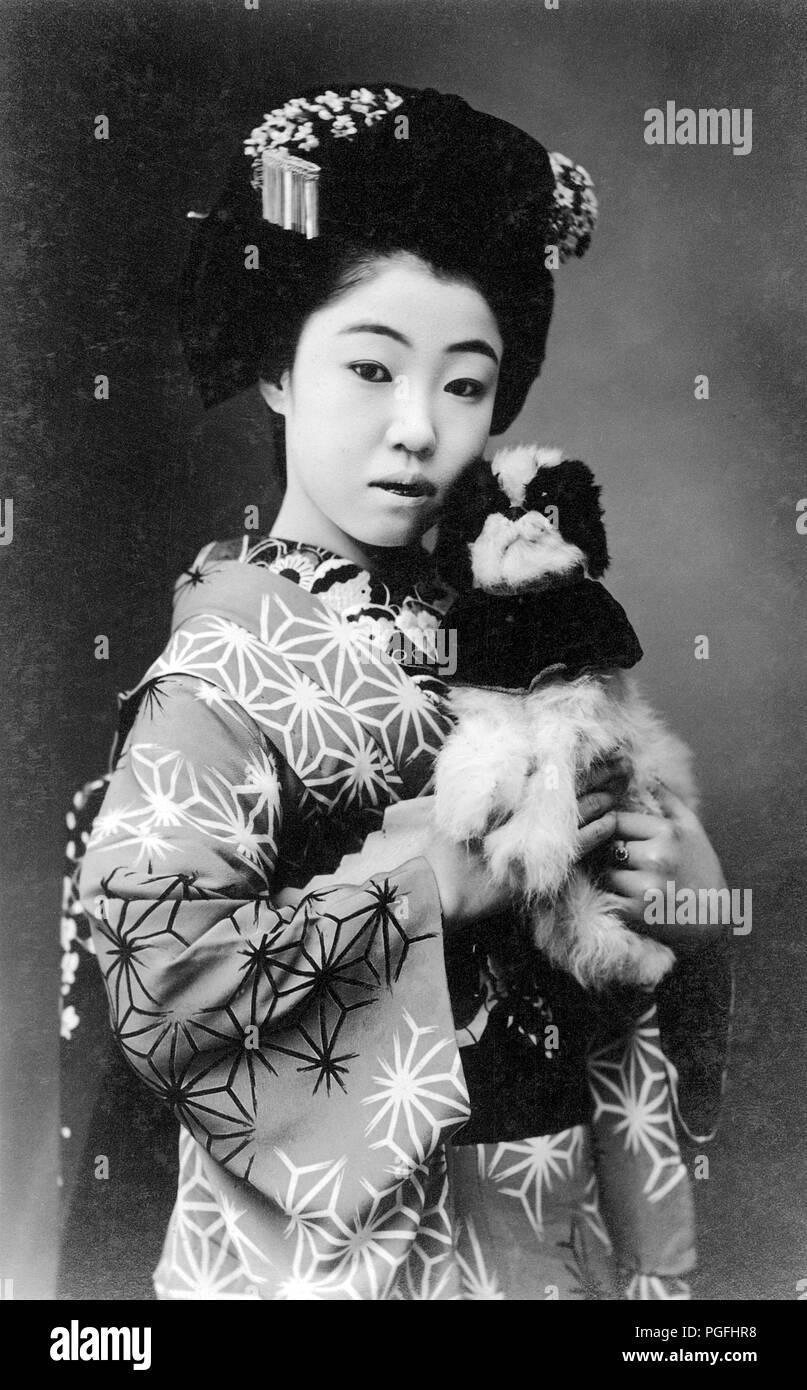 C 1910 Japan Junge Japanische Frau Junge Japanische Maiko Im
