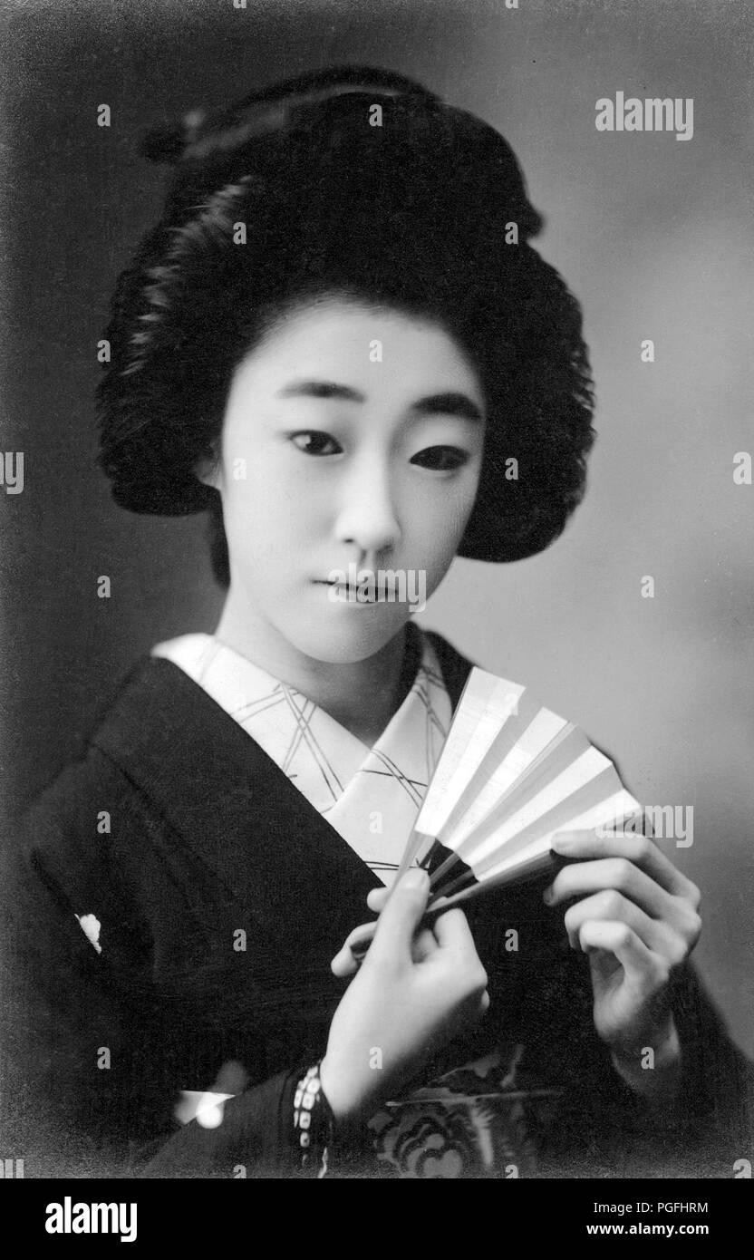 C 1910 Japan Junge Japanische Frau Junge Japanische Geisha Im