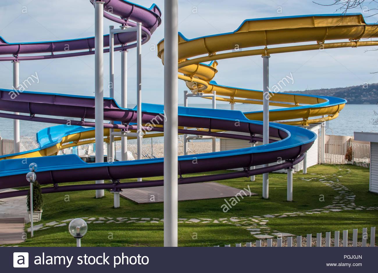 Wasserrutsche Im Garten Am Meer In Varna Stockfoto Bild 216754573