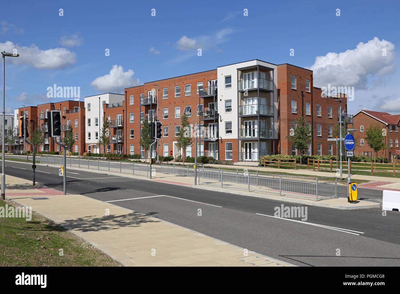 Neu errichteten Wohnungen in der Castle Hill Viertel von ebbsfleet Garden City, südöstlich von London, UK. Eine neue Regierung Gehäuse Initiative Stockbild