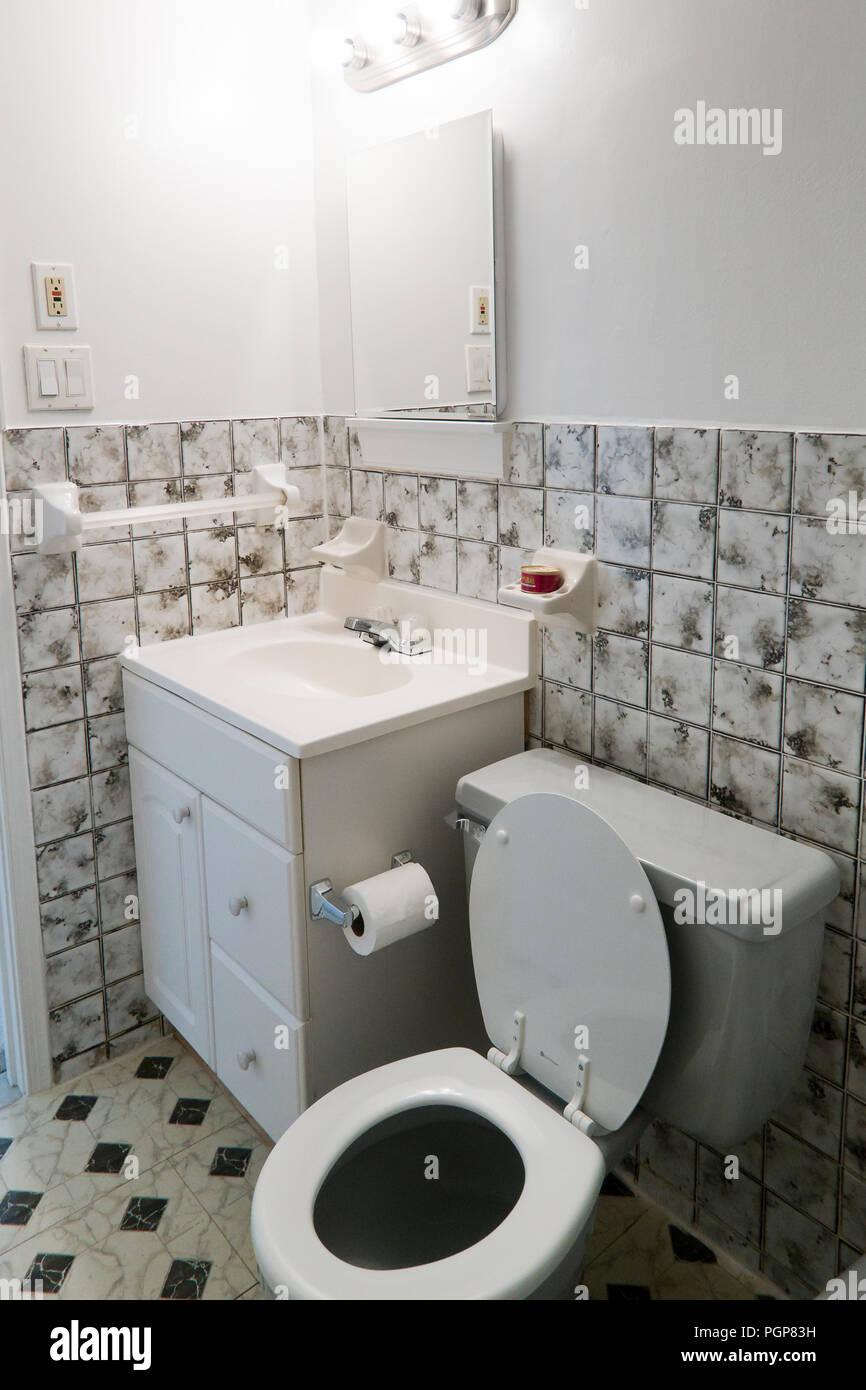Kleine Badezimmer Waschtisch (Waschbecken)   USA