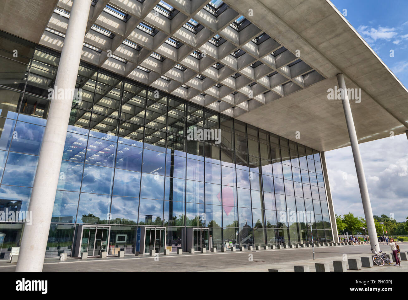 Moderne Verwaltungsgebäude, Band des Bundes, Berlin, Deutschland Stockbild