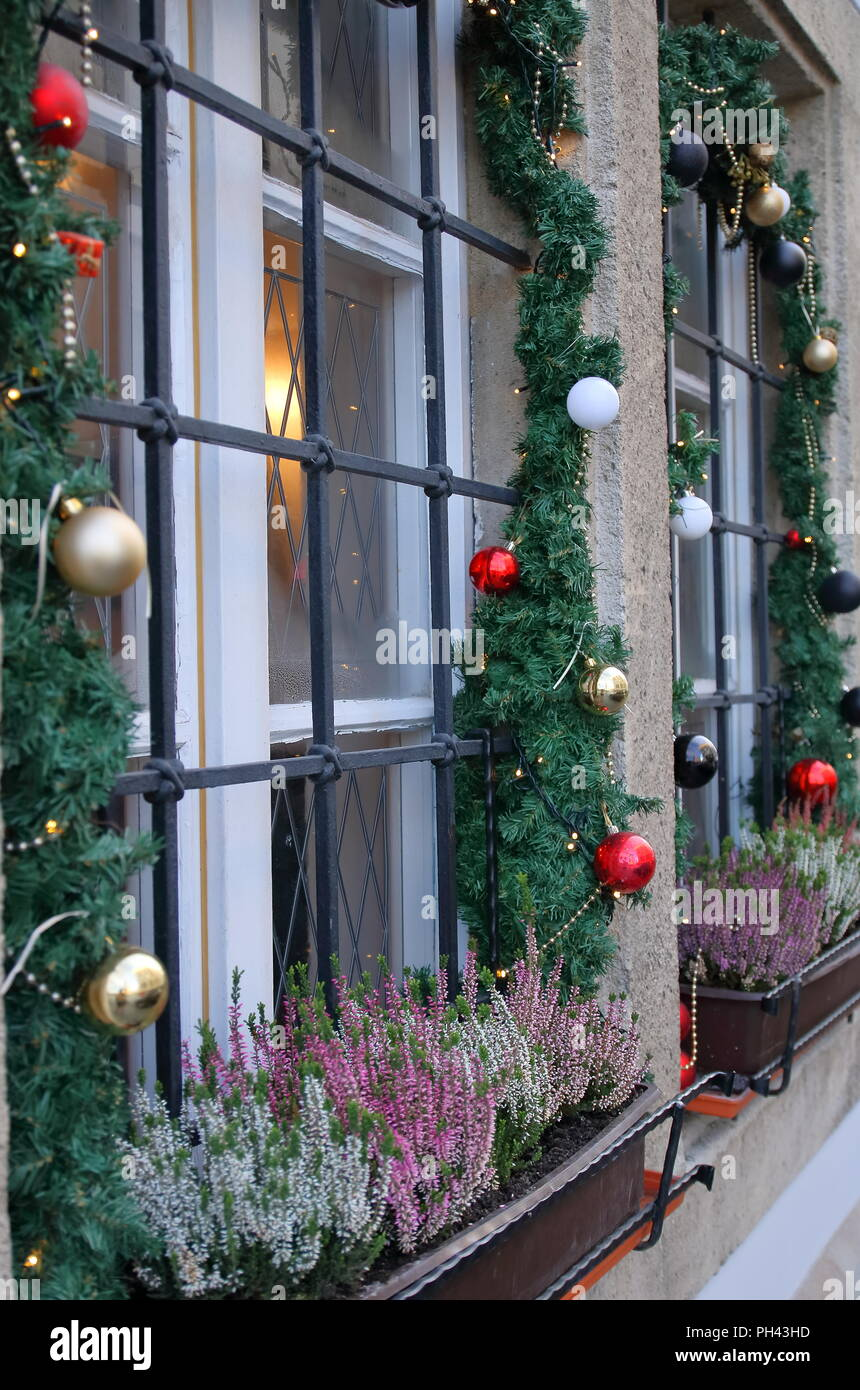 Christmas Window Decorated Stockfotos & Christmas Window Decorated ...