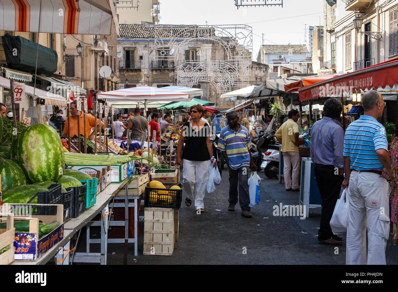 Ballarò Food Market, Palermo, Sizilien Stockbild