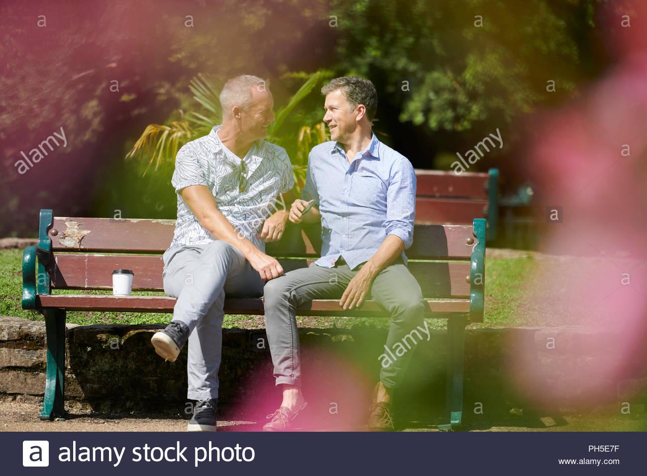 Two Gay Men Face Face Stockfotos & Two Gay Men Face Face Bilder ...