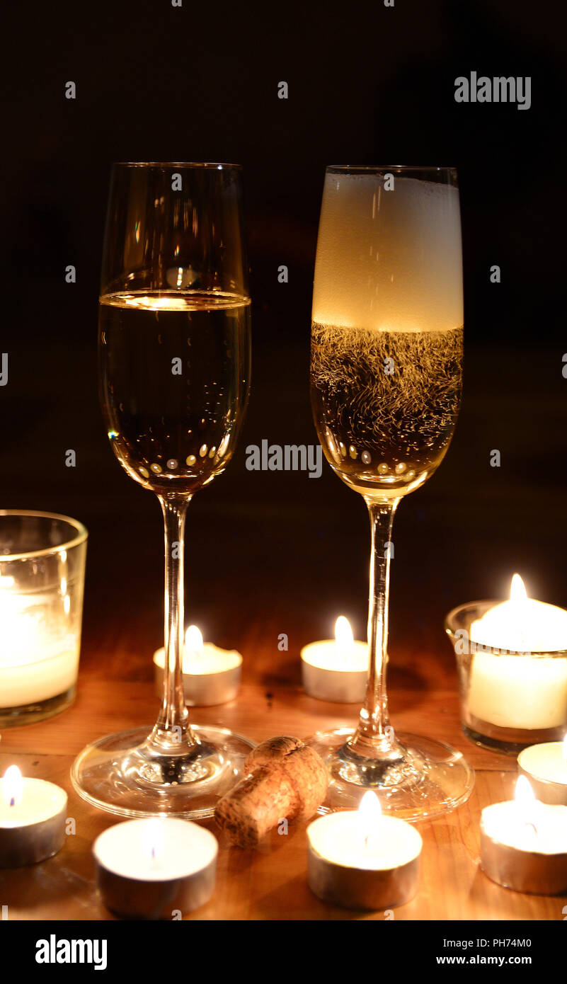 Sekt Candle light Dinner Stockbild