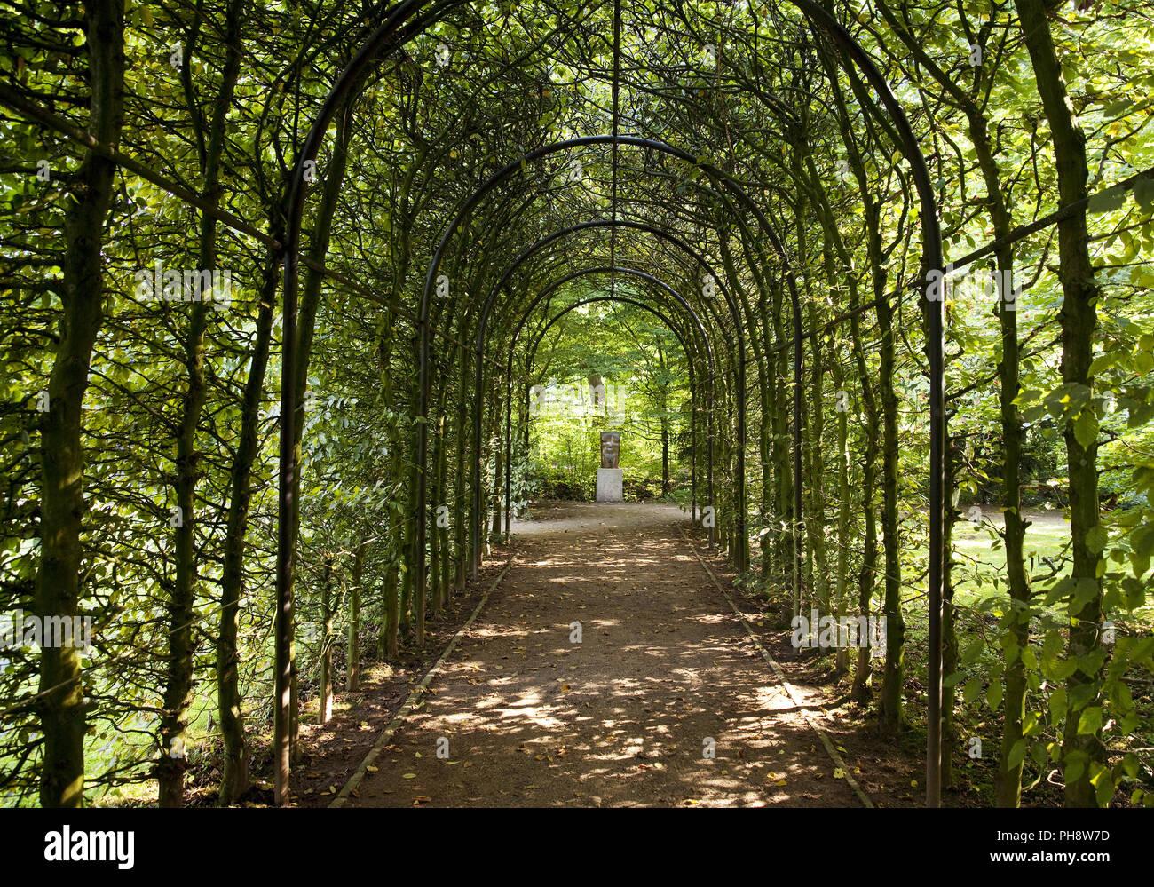 Zugang Galerie, Schloss Garten, Bedburg Hau Stockbild