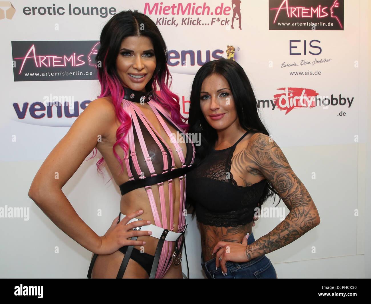 Playboy-Model, Penthouse-Pet Micaela Schäfer und Julia Jasmin Rühe Stockfoto