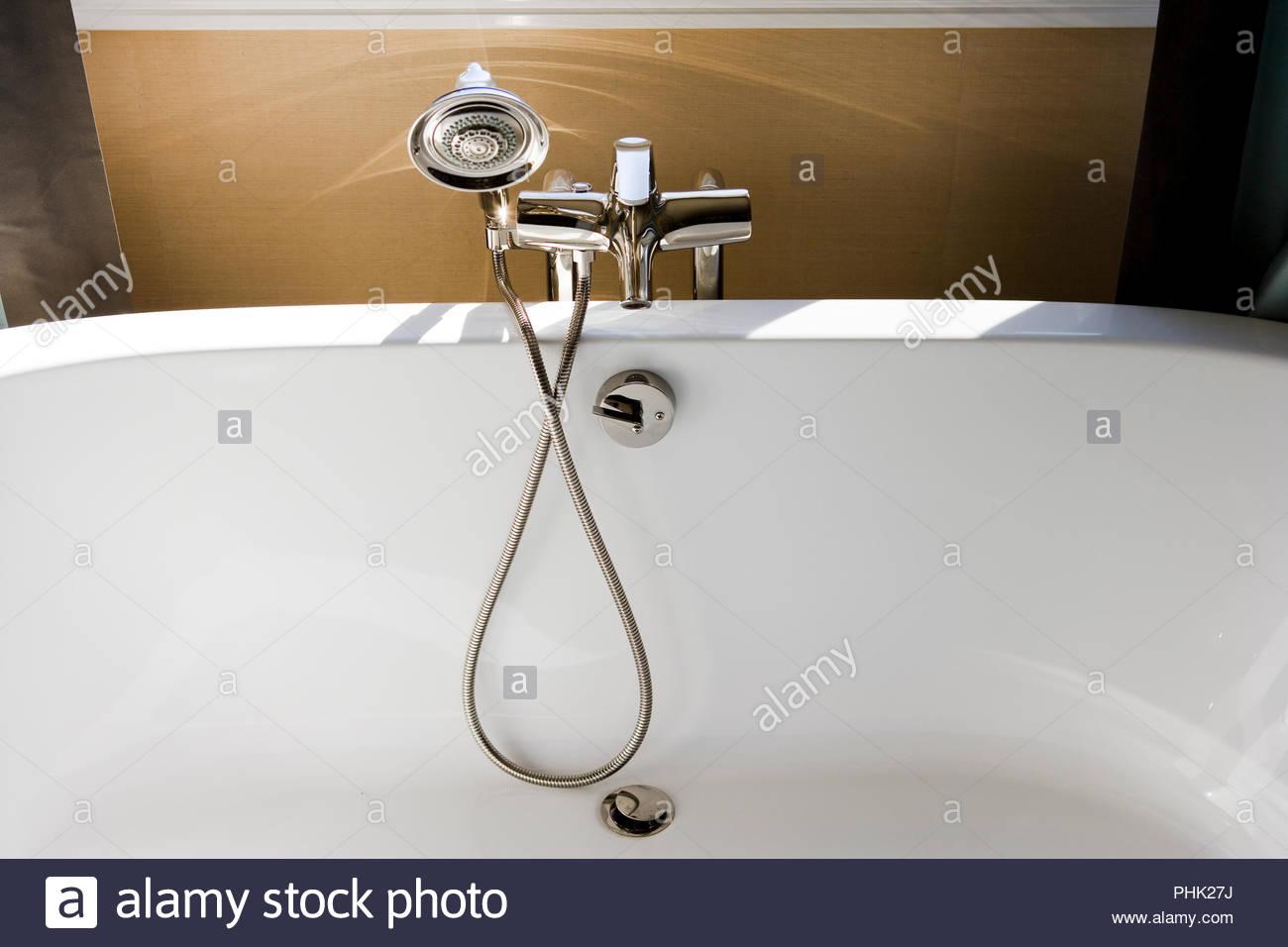 Badezimmer Wasserhahn Wasserhahn Griff silberfarben für die Küche Aus Metall