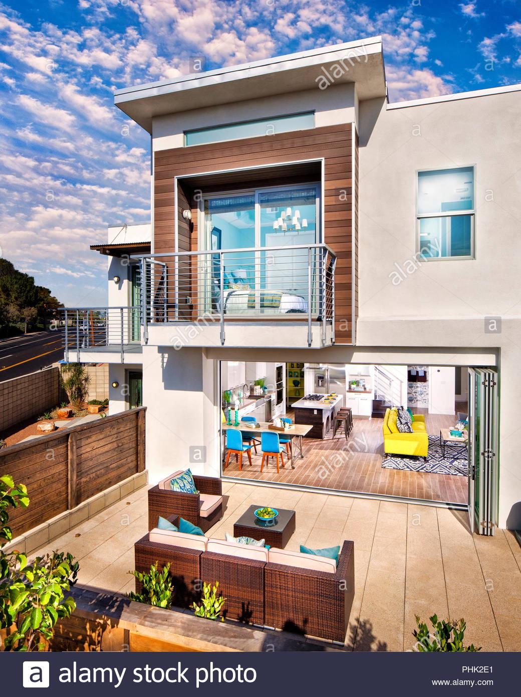 Haus und Terrasse Stockbild