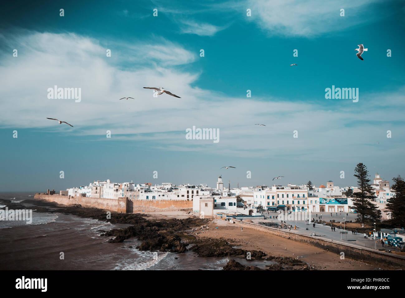 Panorama der Hafenstadt Essaouira an der Atlantikküste in Marokko Stockbild