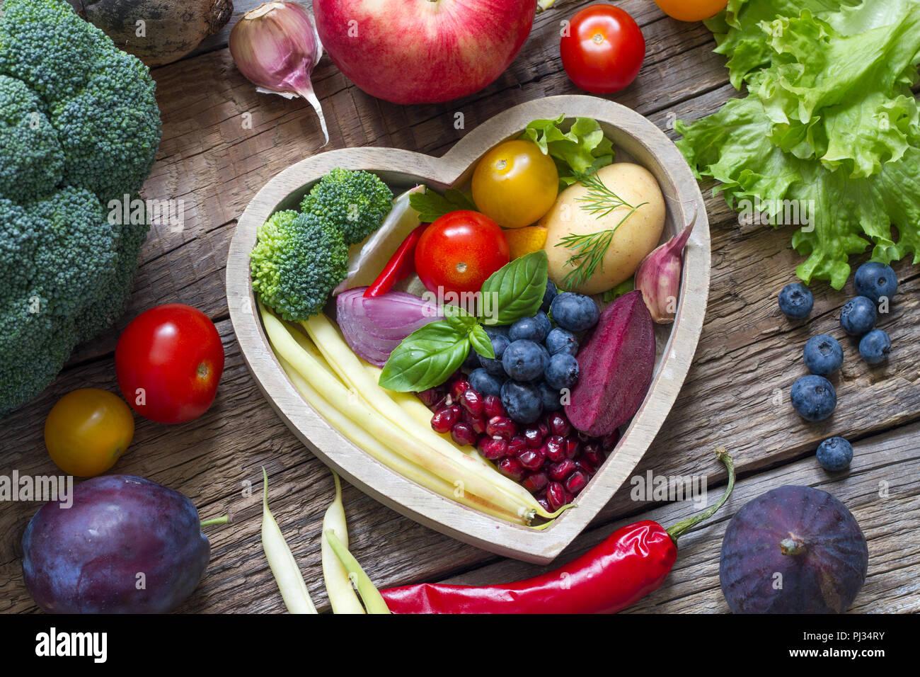 Gesundes Essen Im Herzen Diat Kochen Konzept Mit Frischem Obst Und