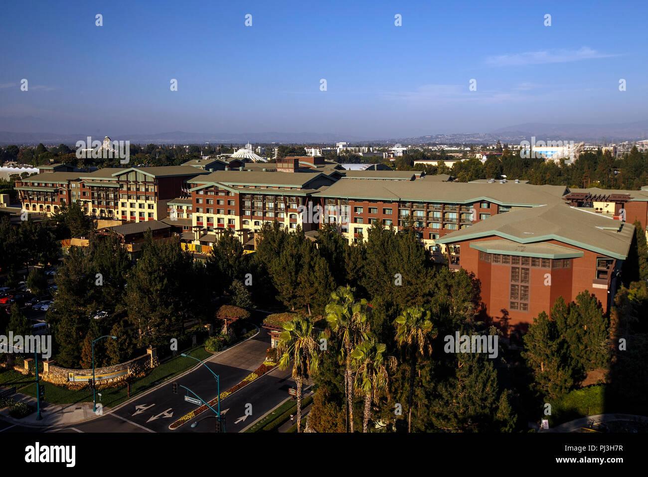 Disneyland Resort Hotel Anaheim Stockfotos Und Bilder Kaufen Alamy
