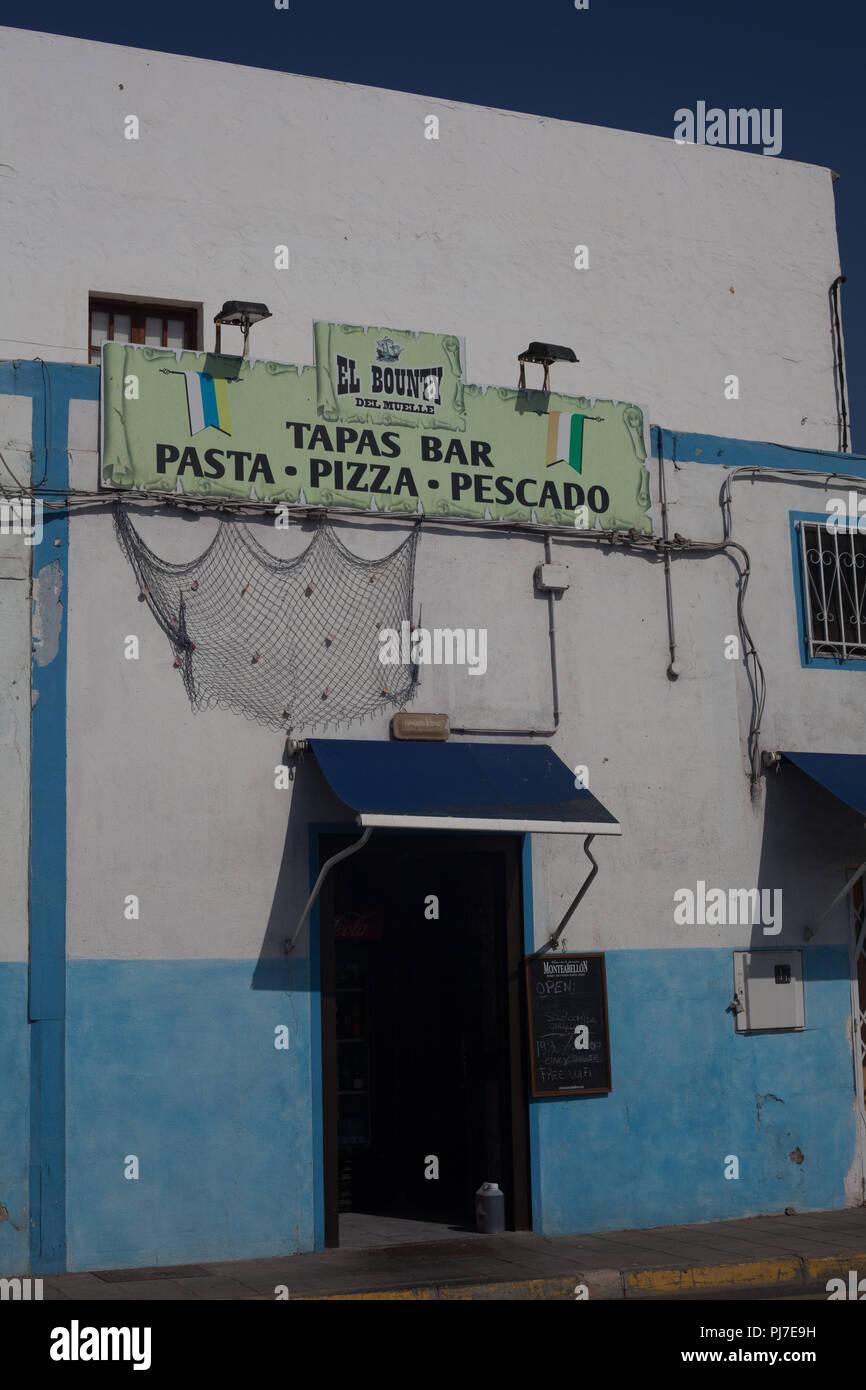 El Bounty del Muelle, typische Tapas Bar, Puerto del Rosario, Fuerteventura, Kanarische Inseln, Spanien Stockbild