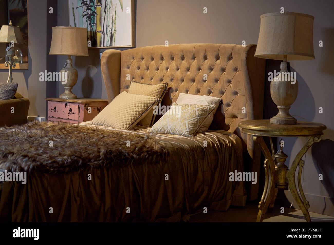 Luxus und reiche Hotel Zimmer. Glamourös, eleganten barocken Dream ...