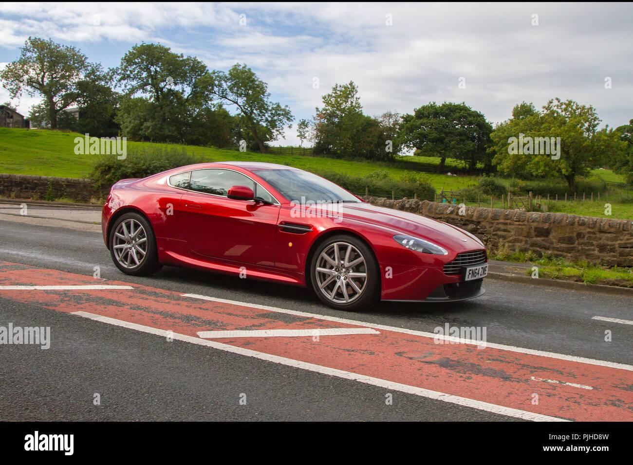 2015 Aston Martin Vantage V8 Classic Jahrgang Veteran Autos Von Gestern Restaurierten Sammlerstücken An Hoghton Turm Auto Rallye Großbritannien Stockfotografie Alamy