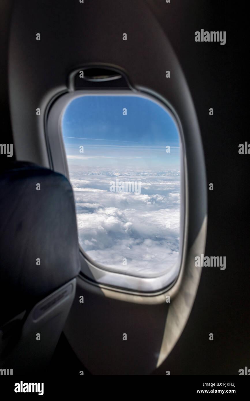 Luftaufnahme Durch Die Runden Kleinen Fenster Eines Kommerziellen