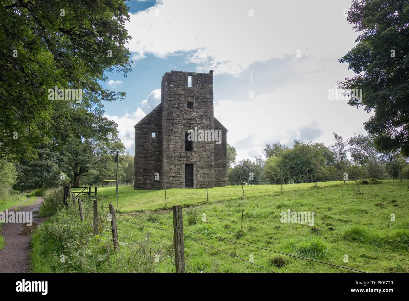 Die antiken Ruinen von Herrn Semples Stiftskirche, wo sein und seine Frauen bleibt beigesetzt sind, und die Kirche ist, sagte heimgesucht werden, Stockbild
