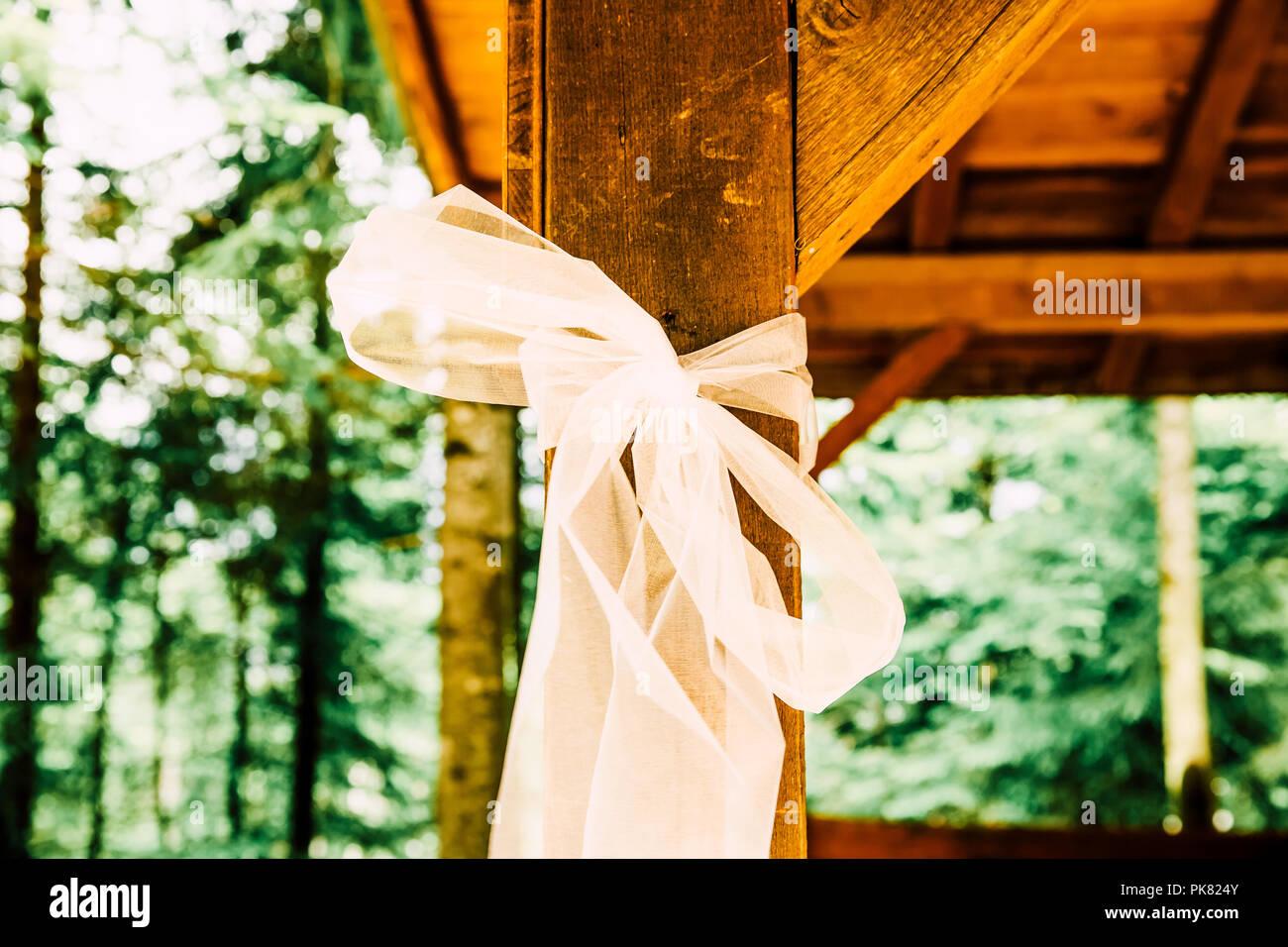 Indie Hochzeit Im Freien Dekoration Und Weissen Tull Auf Holz