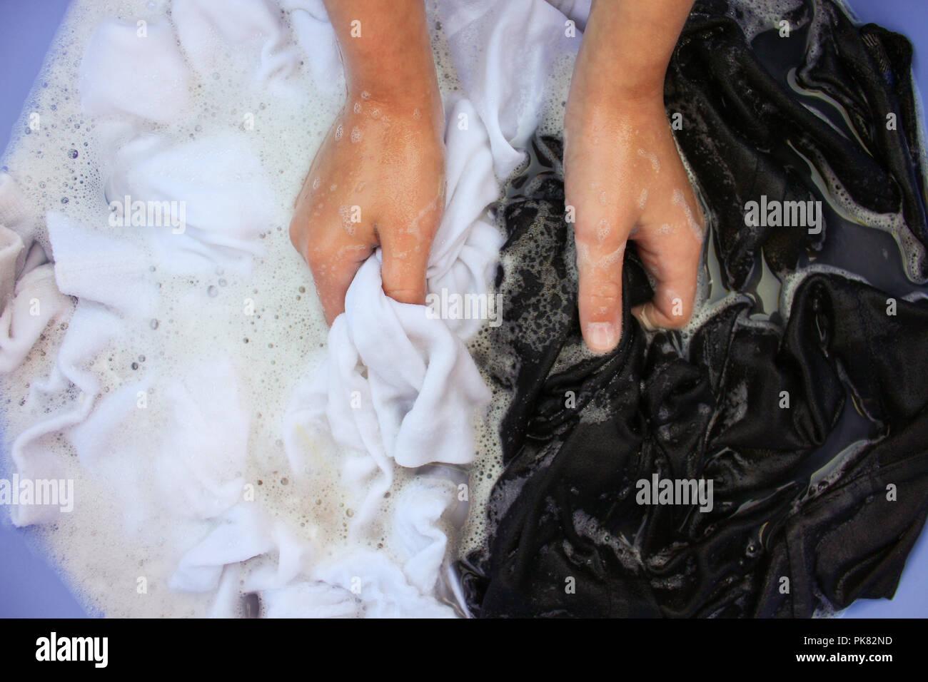 schwarz waschen stockfotos und -bilder kaufen - alamy
