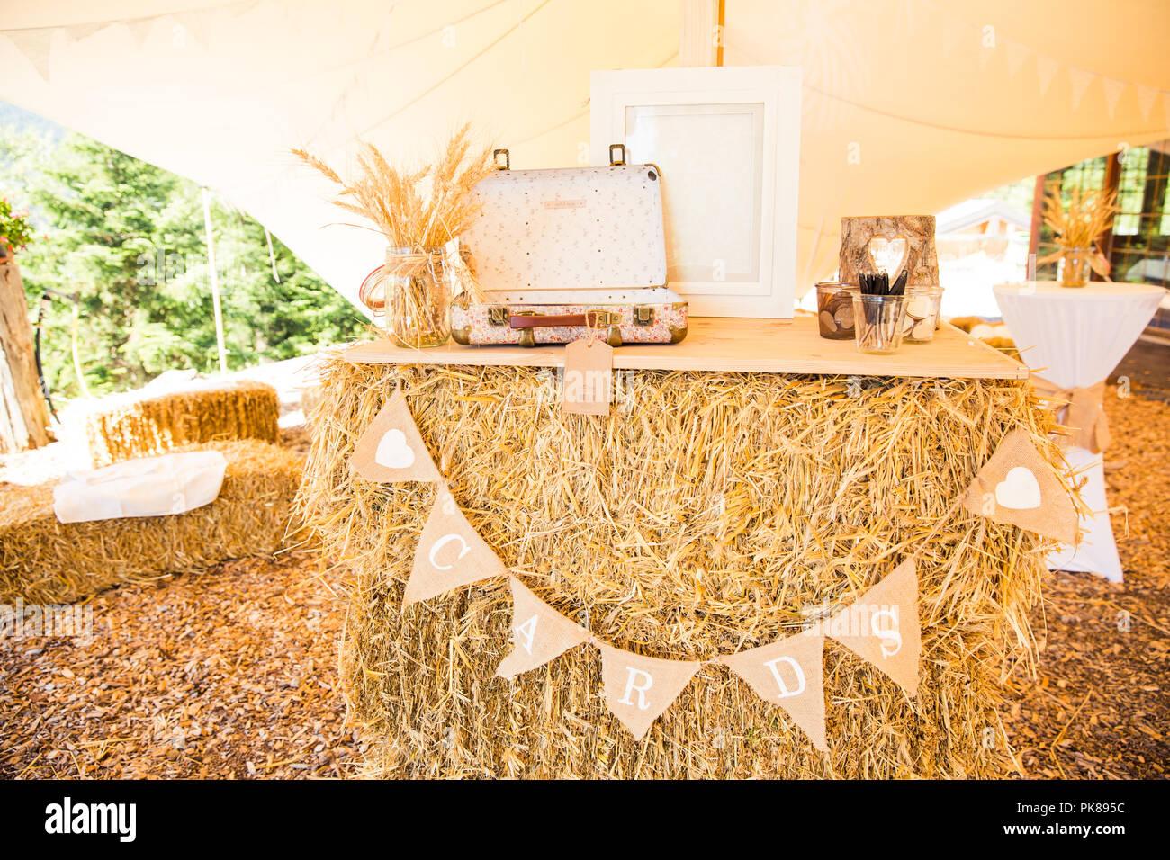 Shabby Chic Rustikale Hochzeit Dekoration Und Karten Stand Auf Dem