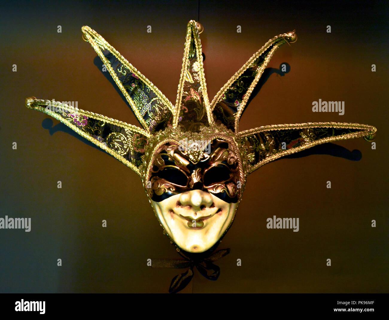 Schuhwerk am besten geliebt Sonderrabatt von Venezianische Maske Für Männer Stockfotos & Venezianische ...