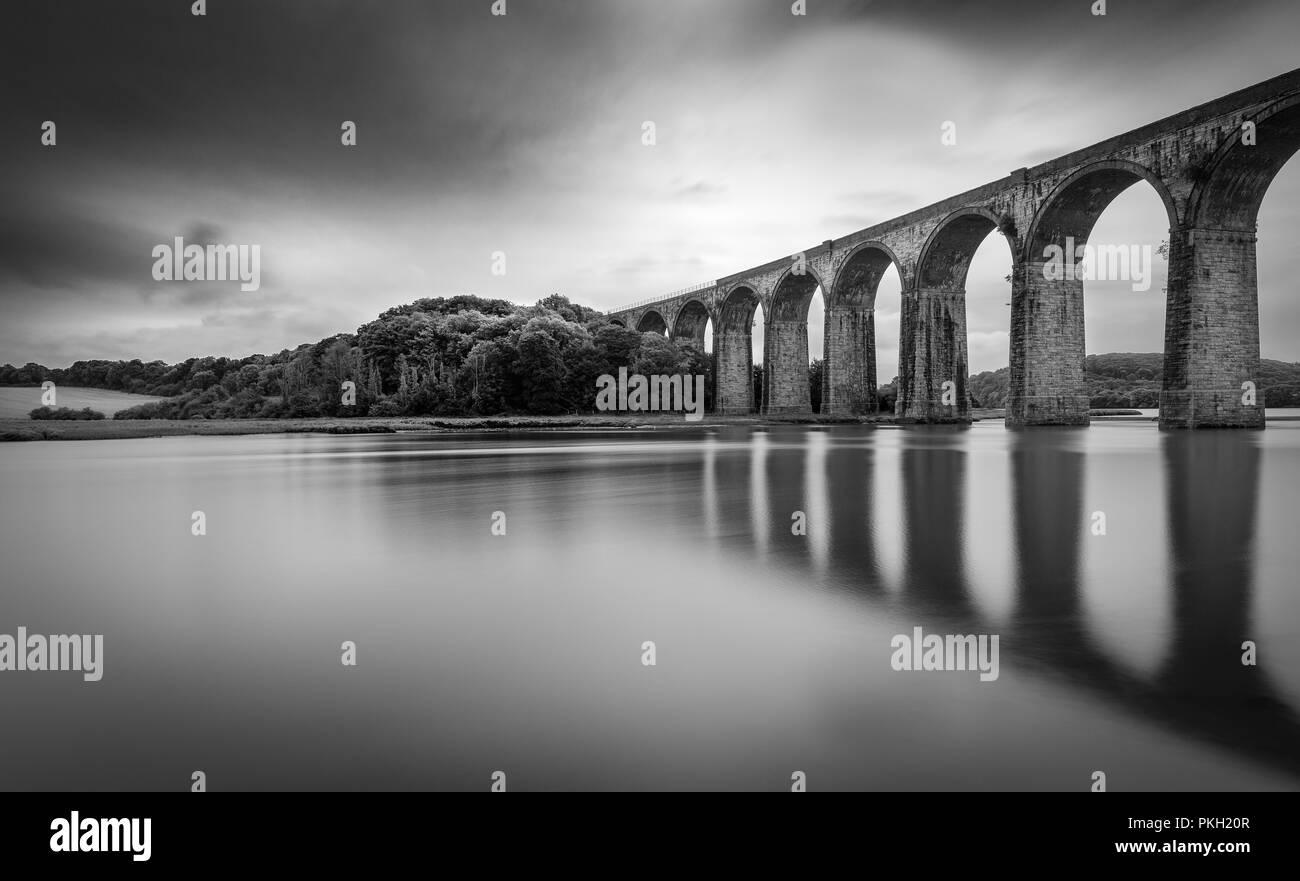 Viadukt Reflexionen, St Deutsche, Cornwall Stockbild