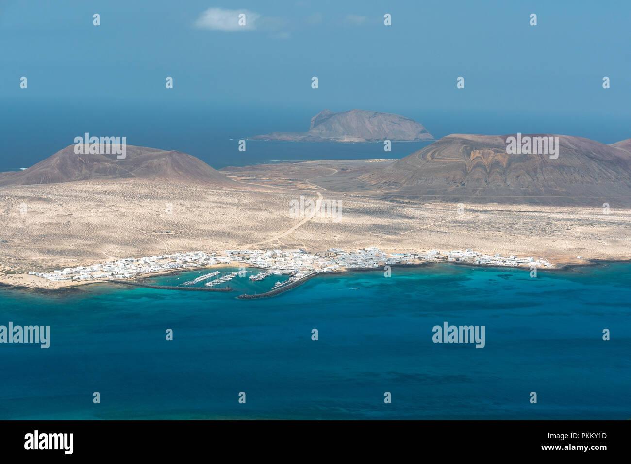 Blick auf den Hafen der Insel Fuerteventura Stockbild