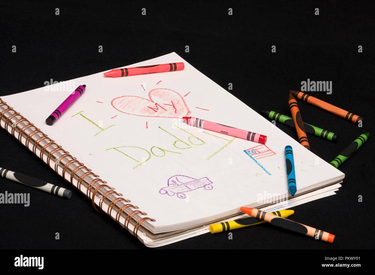 Bilder der Kinder Sketch Pad und Zeichnungen. Buntstifte auf ...