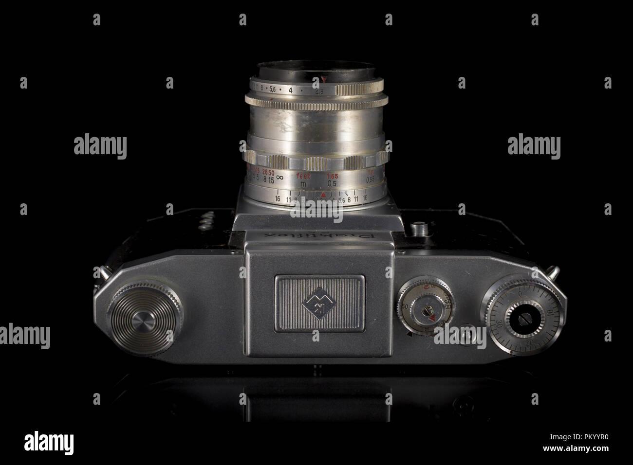 Der Praktiflex ist ein 35 mm SLR Kamera, durch Kamera-Werkstätten VEB Niedersedlitz bis, Dresden, Ddr hergestellt und produziert zwischen 39-40 Stockbild