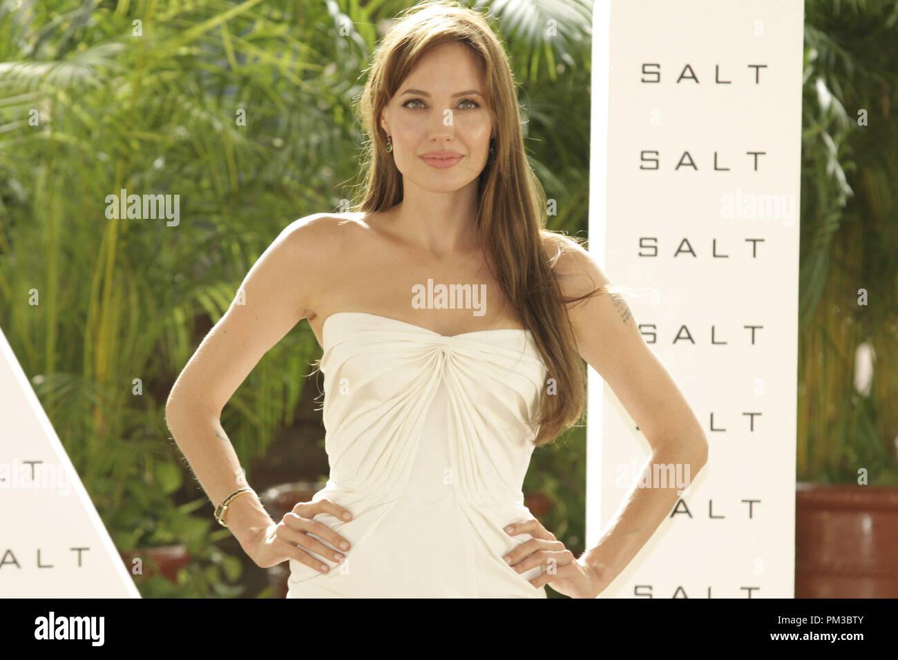 Cancun, Mexiko - 30. Juni 2010: Angelina Jolie an der Columbia Pictures' SALZ Foto bei Sommer Sony statt. Datei Referenz # 30318_001 GFS nur für redaktionelle Verwendung - Alle Rechte vorbehalten Stockbild