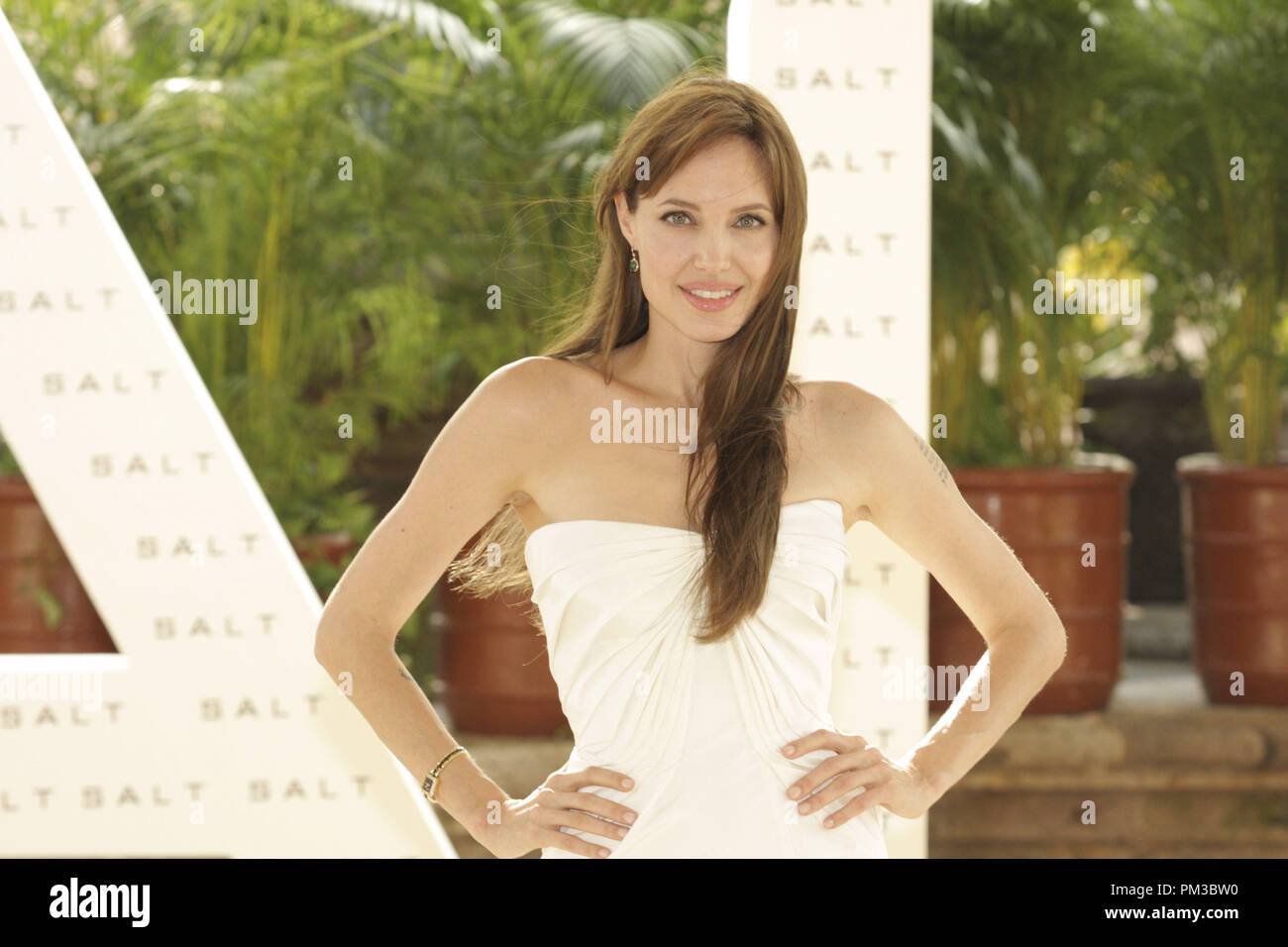 Cancun, Mexiko - 30. Juni 2010: Angelina Jolie an der Columbia Pictures' SALZ Foto bei Sommer Sony statt. Datei Referenz # 30318_002 GFS nur für redaktionelle Verwendung - Alle Rechte vorbehalten Stockbild