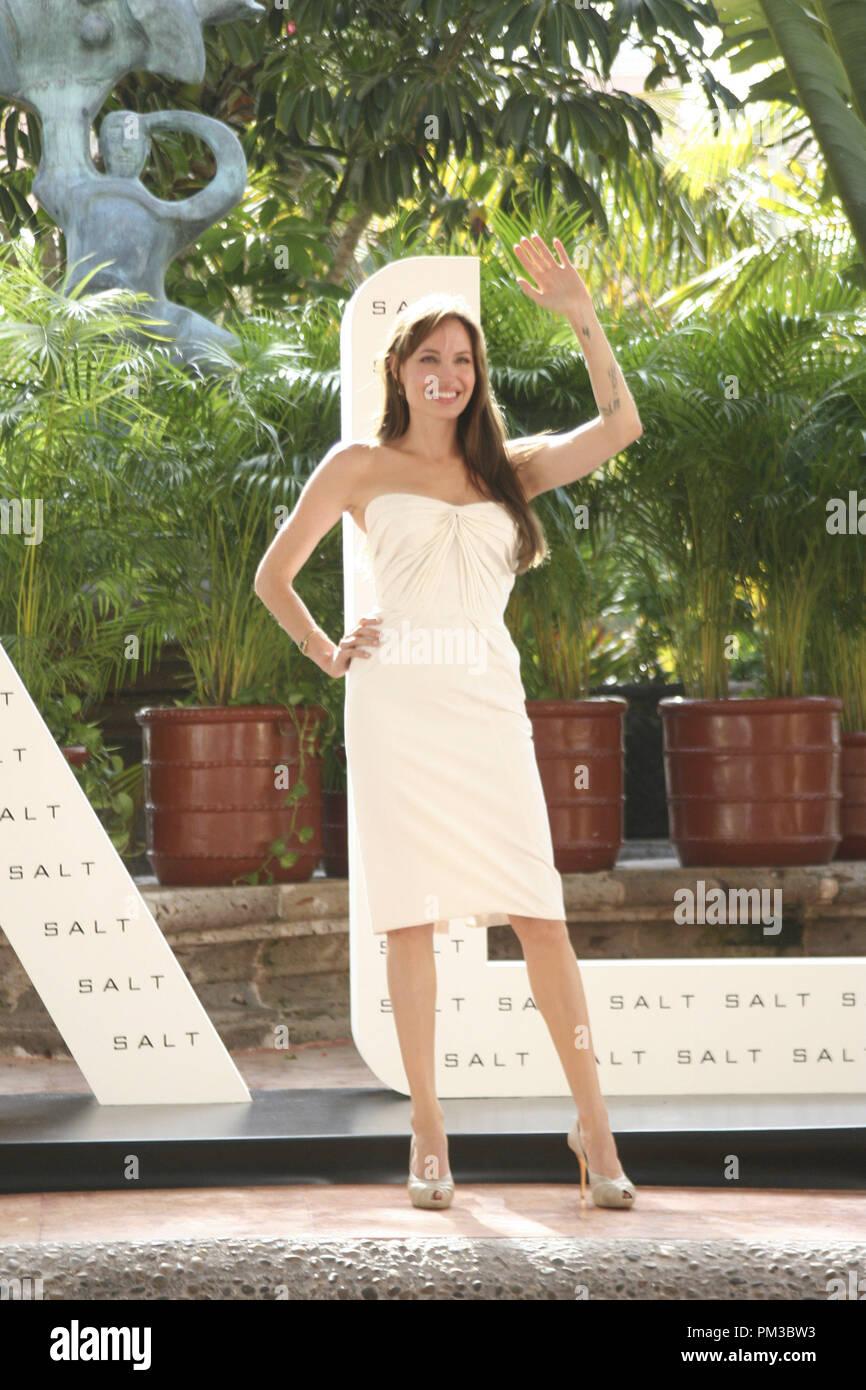 Cancun, Mexiko - 30. Juni 2010: Angelina Jolie an der Columbia Pictures' SALZ Foto bei Sommer Sony statt. Datei Referenz # 30318_003 GFS nur für redaktionelle Verwendung - Alle Rechte vorbehalten Stockbild