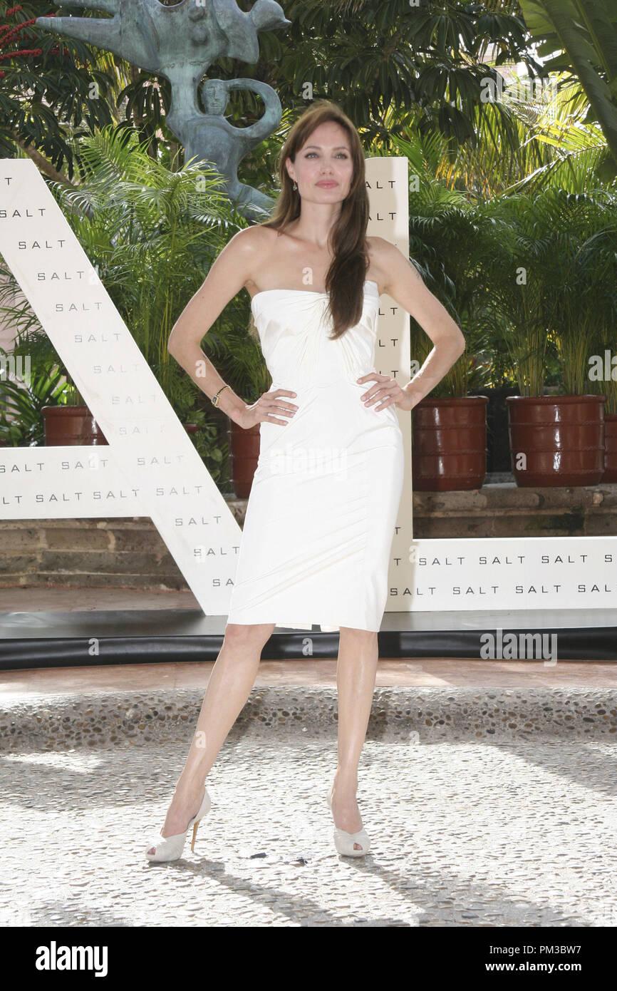 Cancun, Mexiko - 30. Juni 2010: Angelina Jolie an der Columbia Pictures' SALZ Foto bei Sommer Sony statt. Datei Referenz # 30318_004 GFS nur für redaktionelle Verwendung - Alle Rechte vorbehalten Stockbild