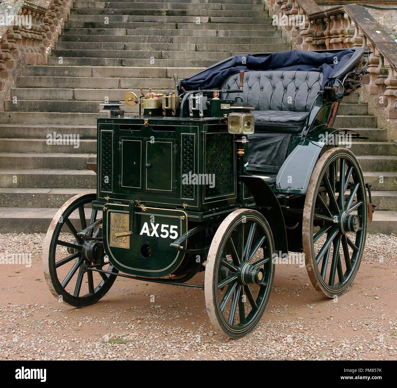 1892 Panhard et Levassor Automobil Stockbild