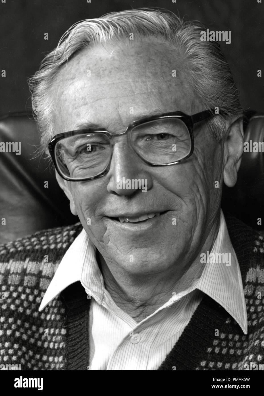 Charles M.Schulz, der Schöpfer der 'Peanuts' Comic und Zeichen, ca. 1984 Datei Referenz # 33300_245 THA Stockbild
