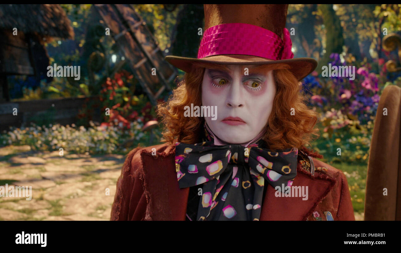Johnny Depp Ist Hutmacher In Disneys Alice Through The Looking Glass