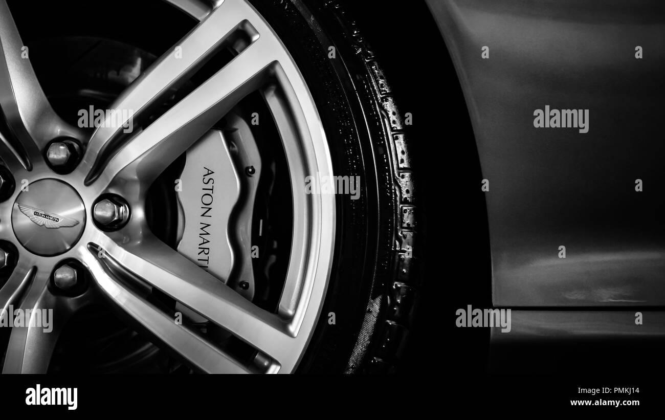 Aston Martin DB9 Stockbild
