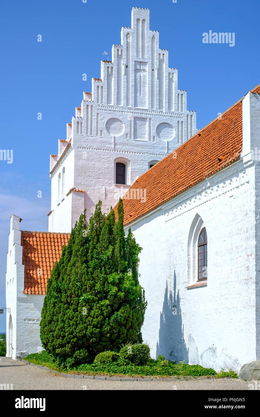 Außenansicht der Kirche Elmelunde, Moen Island, Dänemark, Skandinavien, Europa. Stockbild
