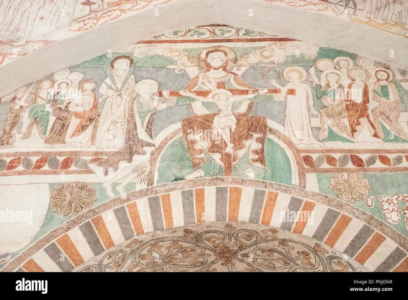 Innenansicht der Kirche Keldby mit Wandmalereien von der Elmelunde Master, Moen Island, Dänemark, Skandinavien, Europa. Stockbild