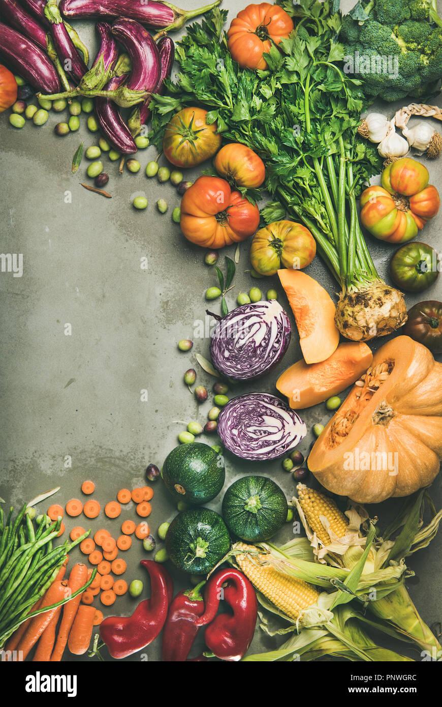 Gesunde vegetarische saisonale Fallen Essen kochen Hintergrund Kopie Raum Stockbild