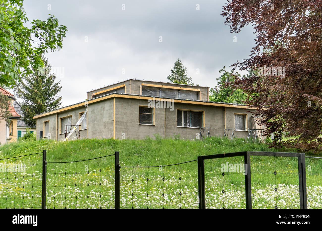 Modell Haus der Weimarer Bauhaus von Georg Muche während der Renovierungsarbeiten Stockbild