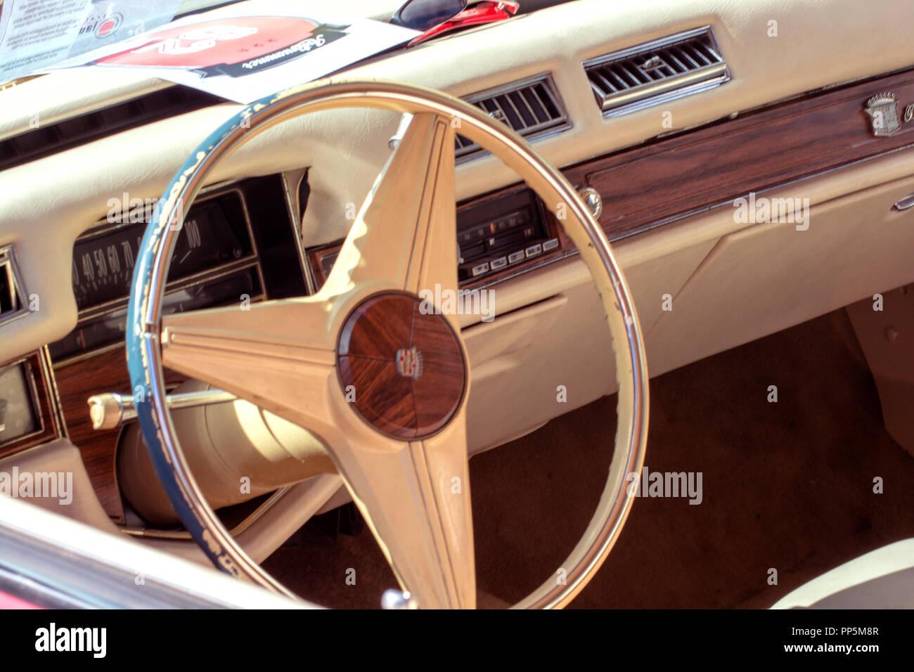 Oncept Automobil: Oldtimer Lenkrad Stockbild