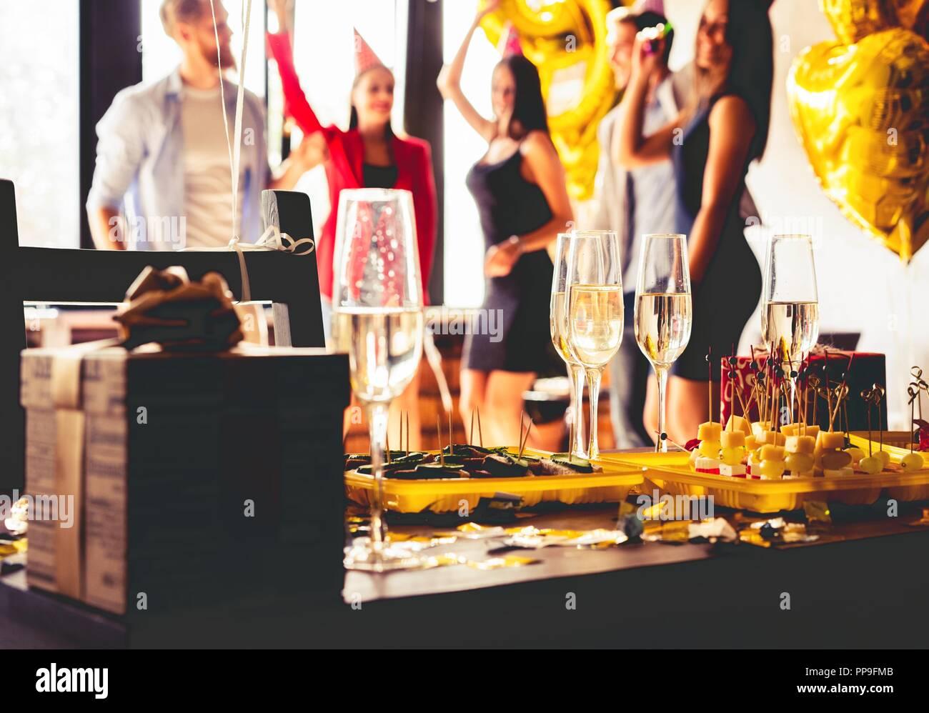 Frühstücksbuffet Abendessen essen Feier Party Konzept. Stockbild